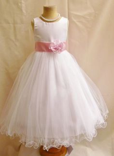 Flower Girl Dresses WHITE with Pink Light door NollaCollection