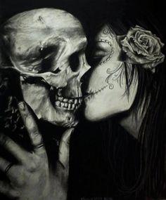 """Tradicionalmente, los tatuajes (tattoo) de calaveras mexicanas han simbolizado la muerte con una """"M"""" mayúscula, ¡pero no de una manera siniestra o negativa! Si hay un hecho innegable en este planeta, es que ningún ser humano escapa de la Parca, por rico o famoso que sea.! La Muerte Tattoo, Catrina Tattoo, Dark Beauty, Calaveras Mexicanas Tattoo, La Danse Macabre, Macabre Art, Totenkopf Tattoo, Day Of The Dead Art, Kiss Of Death"""