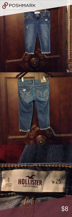 Hollister Capri jeans Hollister Capri jeans, size 1. Excellent condition. Hollister Jeans Ankle & Cropped