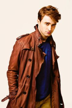 Wow Daniel Radcliffe, you are looking so hotttt
