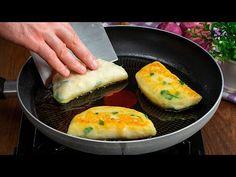 Odgryziesz kęs i zechcesz smażyć jeszcze ze 100 sztuk. Ziemniaczane calzone.| Cookrate - Polska - YouTube Avocado Egg, Eggs, Mai, Breakfast, Food, Youtube, Breakfast Cafe, Meal, Egg