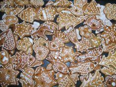 Křehké perníčky Gingerbread Cookies, Food, Gingerbread Cupcakes, Essen, Meals, Yemek, Eten