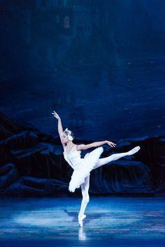 Misty Copeland to make 'Swan Lake' debut, and history, with Washington Ballet The Washington Post, Misty Copeland, Swan Lake Ballet, Ballet Images, Ballet Photos, Black Ballerina, Ballerina Feet, American Ballet Theatre, Ballerinas
