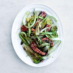 rask sunn mat. Ørret tataki med stekt hjertesalat på fat
