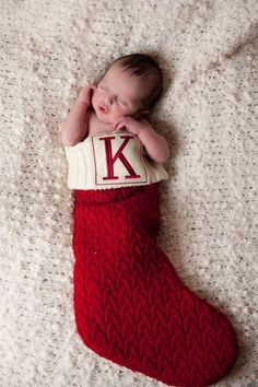 baby pictures 40 Adorable Newborn Photography Ideas For Your Junior - Bored Art Newborn Christmas Pictures, Newborn Pictures, Newborn Christmas Outfits, Newborn Boy Photos, Halloween Baby Pictures, Newborn Session, Baby Boy Newborn, Baby Boys, Baby Boy Photography