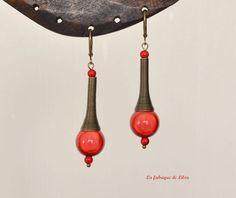 Boucles d'oreille tube spirale et perles rouges