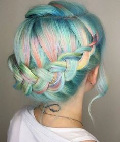 www.thepaletails.com Oh my gosh hair heaven! Rainbow, pastel heaven. The pink, blue, green and yellow is a stunning combo.