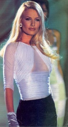 One-time VS model Karen Mulder