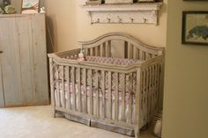 For the home vintage baby cribs, cribs и baby cribs. Vintage Baby Cribs, Unisex Baby Room, French Kids, Future Baby, Baby Love, Home Projects, Baby 2014, Baby Kids, Kids Room