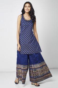 Nordstrom Stripe Off Shoulder Top Salwar Designs, Blouse Designs, Saree Dress, Punjabi Dress, Indian Designer Outfits, Designer Dresses, Indian Dresses, Indian Outfits, Hippy Chic