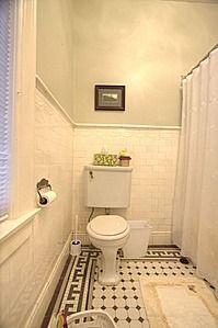 628 Orleans Ave, Keokuk, IA 52632 Great tiled flooring!