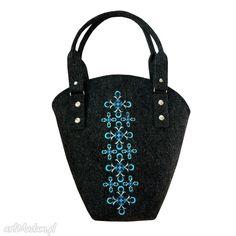 • oryginalne na ramię, torebki - torba filcowa z geometrycznym haftem