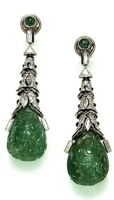 Cartier Paris Art Deco Emerald Onyx Diamond Earrings 1924