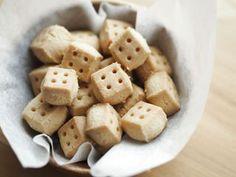 四角い形がキュート!簡単&サクサクな「キューブクッキー」はいかが?