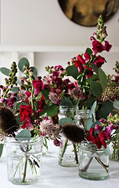 Styling a Christmas Table with astrantia, berried eucalyptus, antirrhinum & seed heads. autumn winter style botanicals and plants