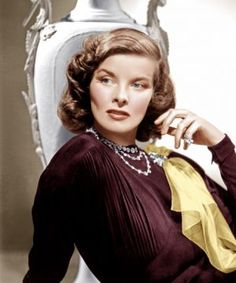 Katherine Hepburn wore a custom clip by Paul Flato when she starred in Holiday alongside Cary Grant. Love the color photo from a B&W movie Hollywood Actor, Golden Age Of Hollywood, Vintage Hollywood, Hollywood Glamour, Hollywood Stars, Hollywood Actresses, Classic Hollywood, Hollywood Divas, Hollywood Icons