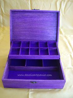 Caja joyero de madera, pirograbada y personalizada, con dedicatoria en el…