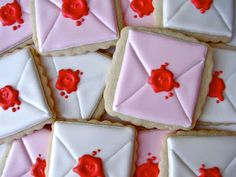 Wax Seal Envelope Cookies Tutorial - Oh, Sugar! Events http://ohsugareventplanning.blogspot.com/2012/02/wax-seal-envelope-tutorial.html?utm_source=feedburner_medium=email_campaign=Feed%3A+OhSugarEvents+%28Oh+Sugar+Events%29
