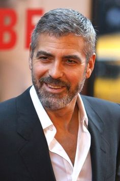 Full Sized Photo of george clooney michael clayton premiere 29 George Clooney Haircut, Short Hair Cuts, Short Hair Styles, Mens Medium Length Hairstyles, Gray Hairstyles, Full Beard, Hair Styles 2016, Hair And Beard Styles, Mi Long