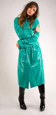 Womensyellow Raincoat With Hood Vinyl Raincoat, Pvc Raincoat, Raincoat Jacket, Plastic Raincoat, Hooded Raincoat, Parka, Old Wedding Photos, 70s Fashion, Fashion Outfits
