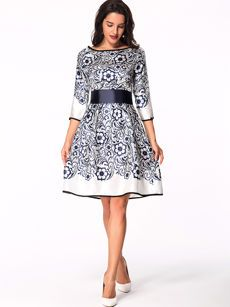 Buy Color Block Vintage Brief Doll Collar Skater Dress online with cheap prices and discover fashion Skater Dresses at Fashionmia.com.