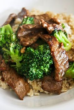 Chinese beef with broccoli, think I am going to make this with potstickers very soon...