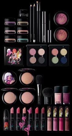 I would love to have this, I do not wear make up much any more but LOVE IT!