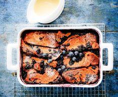 Mustikka-pullavanukas | Reseptit | Anna.fi Tofu, Banana Bread, Sushi, Anna, Desserts, Tailgate Desserts, Deserts, Postres, Dessert