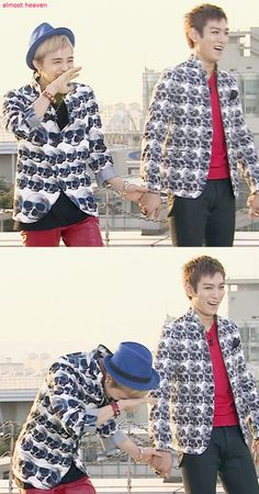 G-Dragon and TOP ♡ #BIGBANG #GDTOP #GTOP, awww~ GD looks embarrassed!