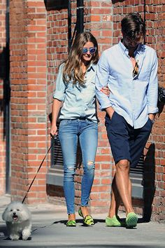 Olivia Palermo Stil, Olivia Palermo Lookbook, Street Chic, Street Style, Matching Couple Outfits, Matching Couples, Matching Shirts, Street Looks, Stylish Couple