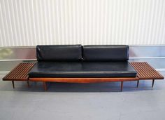Eames Mid Century Modern Daybed Sofa
