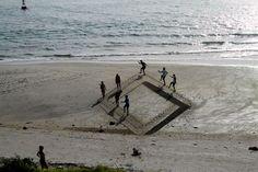 Amazing 3D Sand Art by Ben Harkins