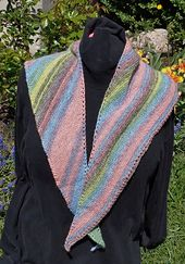 Ravelry: Be Simply Different Shawl pattern by Sue Sedlak
