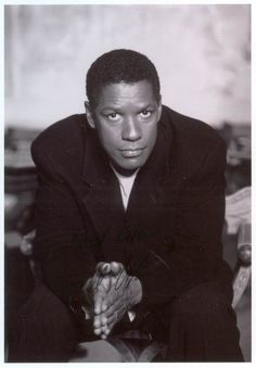 How much can we say about all the good things Denzel Washington has done in his career. I love his films and he is also very beautiful to look at :)