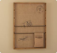 Burlap Pinboard Wall Organizer.  Hmm...could I, would I, actually make this?