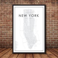 New York City Street Map MAP DETAILS - Listed on the map you will find: -Basic city details -Neighborhoods -Bridges -Tunnels -Rivers -Important cultural spots -Iconic landmarks -Public spaces SIZES INCLUDED: Ratio for printing: Inches: CM: New York City Map, Monuments, Carte New York, Cork Board Map, Ville New York, London Map, Manhattan New York, Order Prints, Budget