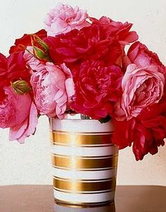 how pretty...peonies in gold and white.