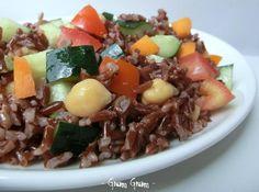 Insalata di riso rosso Ermes con ceci e verdure | Ricetta