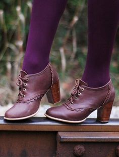 Oh I adore these shoes!! Daring move pairing light Burgundy with plum purple, but she totally pulled it off!