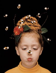 Beehive Hair-Raising Costume Clever Halloween getups for kids needn't be a chore, so don't p Hallowen Costume, Creative Halloween Costumes, Diy Costumes, Costume Ideas, Diy Bee Costume, Buzz Costume, Angel Costumes, Zombie Costumes, Crazy Costumes