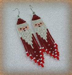 Beaded Santa Dangle beads earrings - tribal style , boho style , Beaded Earrings , Christmas Santa Beaded Earrings Gift - Beautiful beaded dangle peyote earrings with fringe. Earrings made from Czech beads. Beaded Earrings Patterns, Beading Patterns, Dangle Earrings, Beading Tutorials, Bracelet Patterns, Loom Patterns, Tribal Style, Bead Jewelry, Bead Earrings