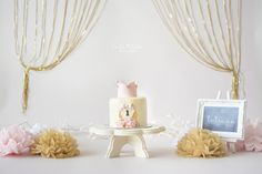 Okinawa Child Photographer, Okinawa, Japan, Cake Smash Session, First Birthday, Pink and Gold, La La Noble Photography