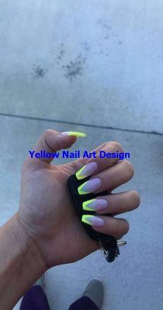 9 fascinating summer nail art designs neon just for you. Yellow Nails Design, Yellow Nail Art, Green Nails, Pink Nails, Neon Yellow, Aycrlic Nails, Neon Acrylic Nails, Acrylic Nail Designs, Nail Art Designs