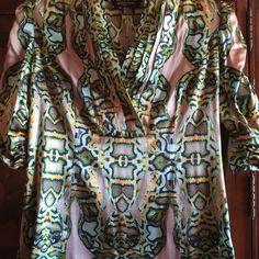 Etcetera Silk Blouse Short sleeve , print, v- neck 100% silk blouse by Etcetera. Light wear. Etcetera Tops Blouses