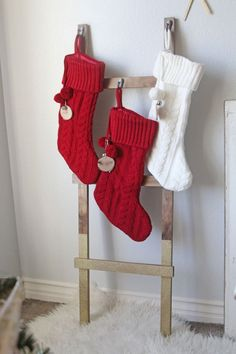 This DIY ladder stocking holder is easy to make and provides a perfect to hang your Christmas stockings. Christmas Stocking Holder Stand, Diy Stocking Holder, Stocking Hanger, Stocking Tree, Stocking Ideas, Rustic Christmas, Christmas Fun, Christmas Decorations, Christmas Things