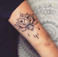 39 Ideas for flowers tattoo designs sleeve - tatoo feminina Pretty Tattoos, Cute Tattoos, Unique Tattoos, Body Art Tattoos, Small Tattoos, Sleeve Tattoos, Tattoos For Guys, Tattoos For Women, Gorgeous Tattoos