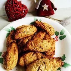 Zkuste vyměnit běžné cukroví pečivo za zdravé vánoční cukroví, po kterém nepřiberete, nebude vám těžko a rozhodně si pochutnáte! Healthy Christmas Treats, Buckwheat, Sweet Potato, Advent, Healthy Lifestyle, Honey, Coconut, Potatoes, Healthy Recipes