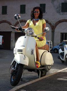 Vespa Bike, Piaggio Vespa, Vespa Lambretta, Vespa Scooters, Vespa Models, Italian Scooter, Vintage Bikes, Vintage Vespa, Vintage Stuff