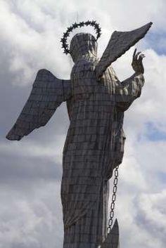 Virgen de Quito (Virgen del Panecillo). - Getty images