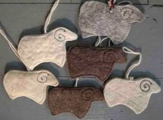 Sheep Felt Ornaments - Bellacouche